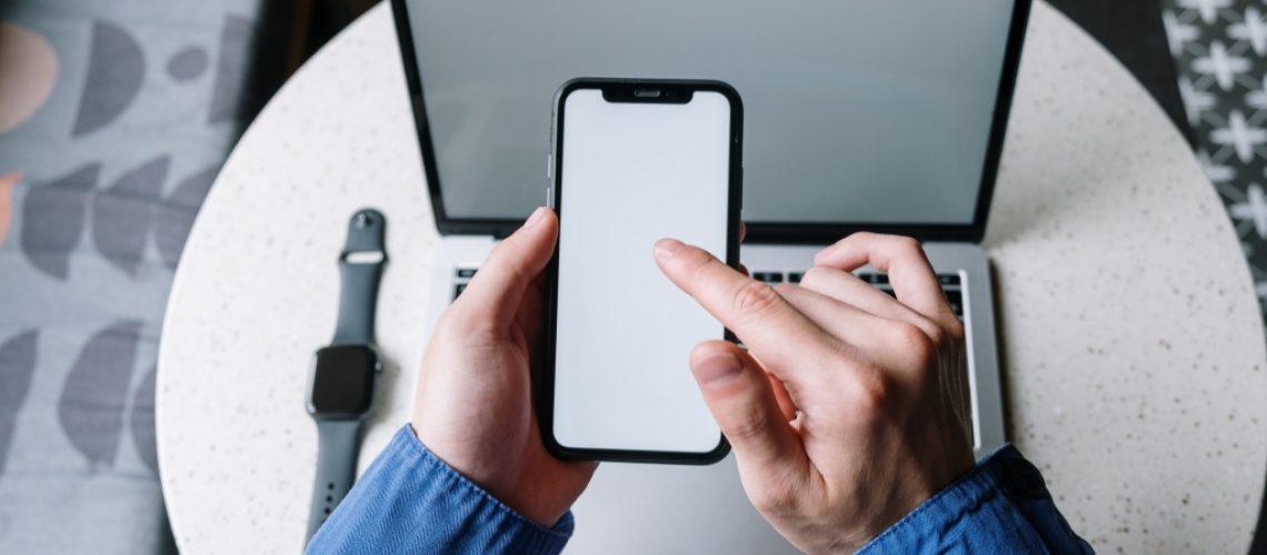 telefon-mobil-laptop